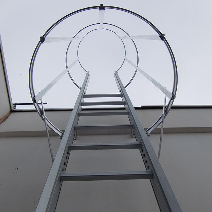 L neas de vida horizontales homologadas tic vertical for Escaleras verticales